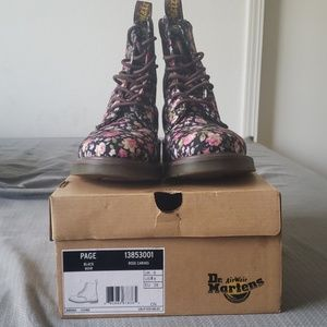 Dr.Martens Page